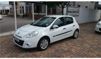 Renault Clio 3 1.6 Dynamique 5-door full